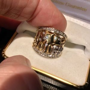 ❇️Vintage 14K Gold & Diamond Elephant Ring